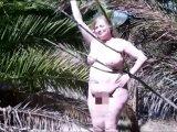 Amateurvideo Nackt unter Palmen von VersauteMutti