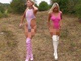 Amateurvideo Mit Christina in durchsichtigen Badeanzuegen und Stiefel out von sexyalina