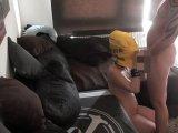 Amateurvideo Mit der Tüte auf dem Kopf wird die Schlampe durchgefickt von TeenFickstueck