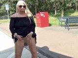 Amateurvideo Es strullt so schön auf Deutschlands Straßen! von RosellaExtrem