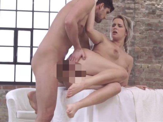 Amateurvideo Arschgefickt auf dem Massagetisch! von InaMariaPrivat