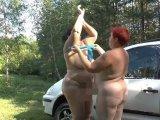 Amateurvideo 2 sexy Lesben waschen Auto 2 von crazy1963