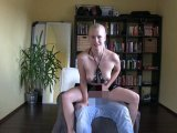 Amateurvideo Mega Cumshot für Latex Luder von XPoppSieX