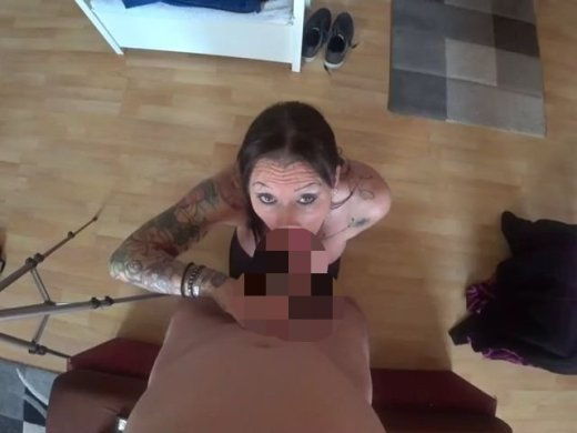 Amateurvideo straight BlowJob from SportHotel
