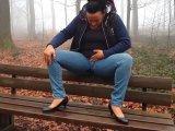 Amateurvideo Eine nasse Pinkel-Pause im Wald from nsmausnrw