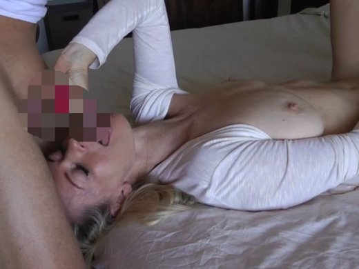 Amateurvideo Fick mich weg du geiler Spanner! from DirtyTina